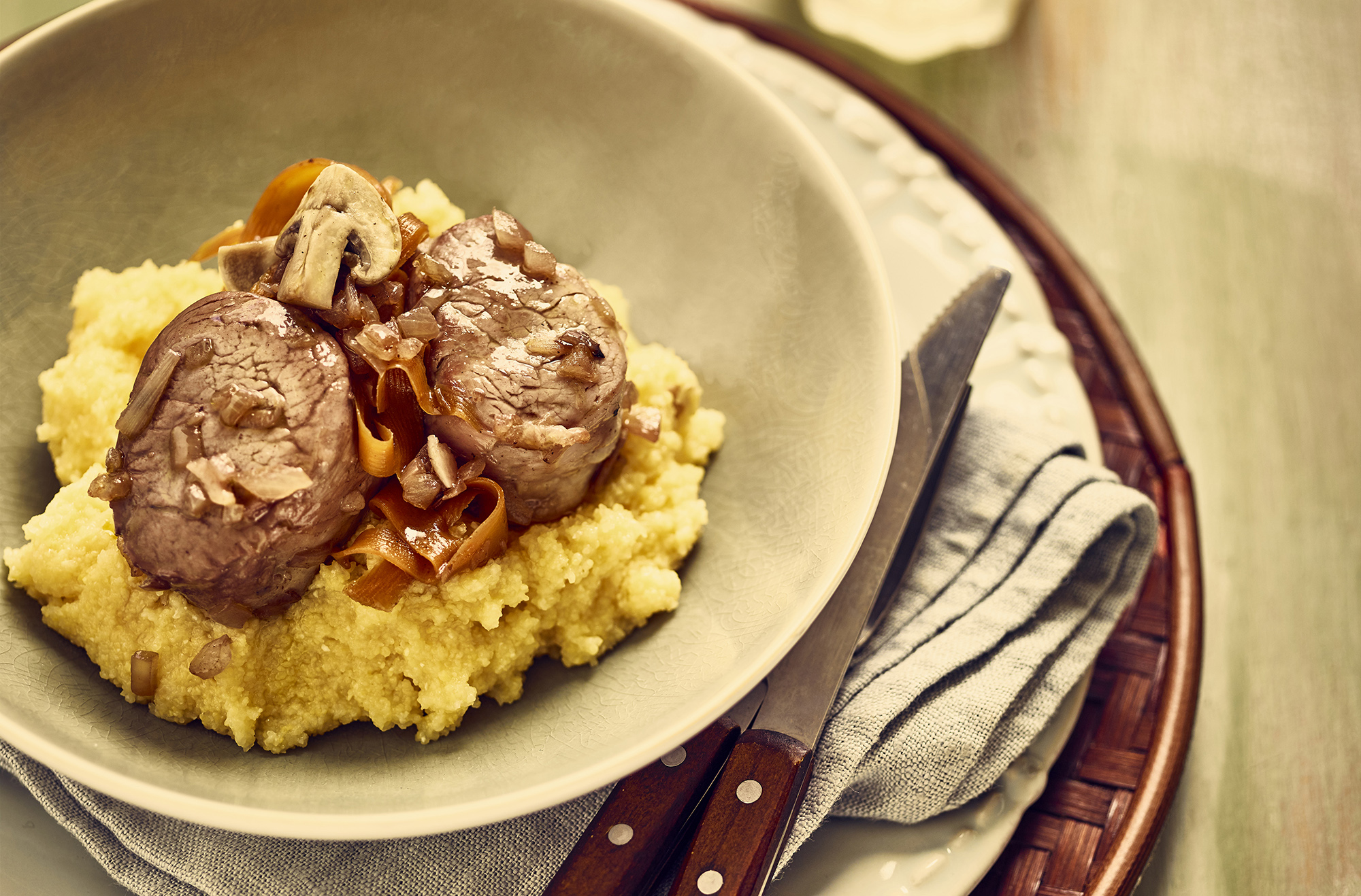 Polenta and Pork Fillet Stuffed with Muscat - Recipe BCook